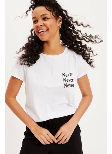DeFacto Yazı Baskılı Kısa Kollu T-shirt Beyaz